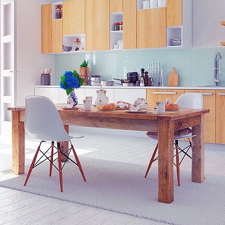 mesas y sillas bajas de cocina en madera imagenes